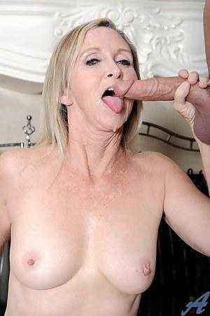 Free Mature Cumshot Porn Pictures